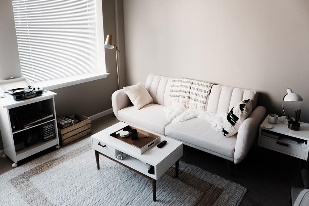 部屋の広さに合った家具を選ぶ