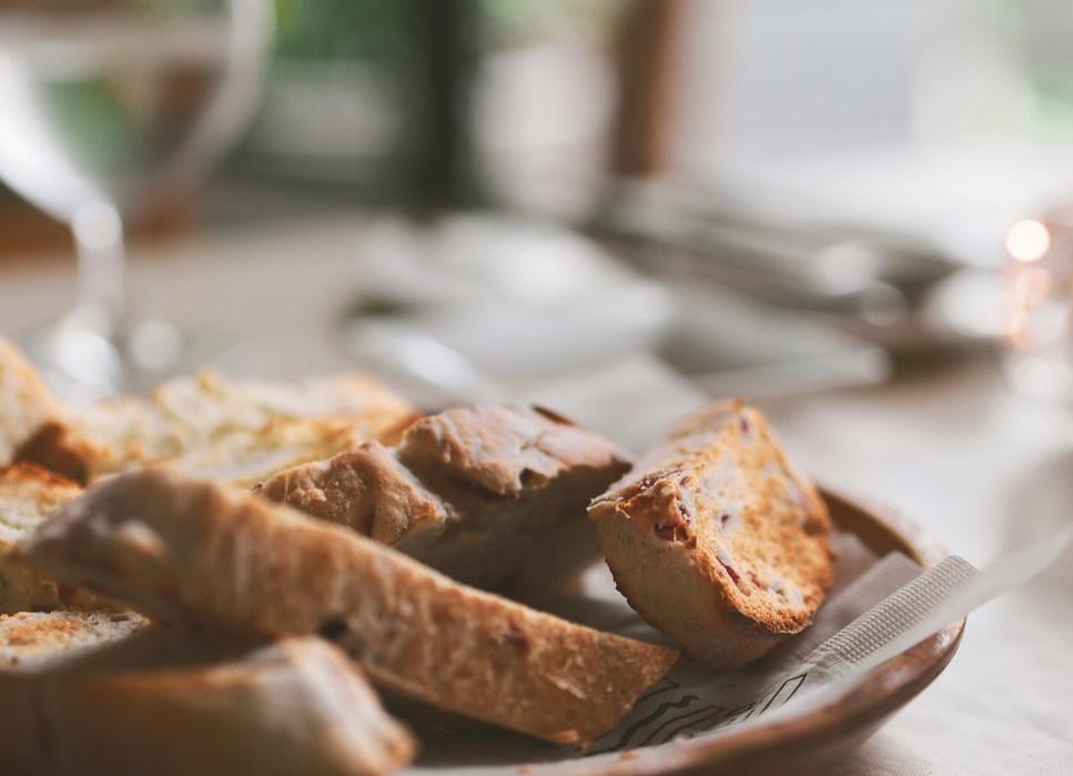パンを美味しいまま、長く保存するコツは?
