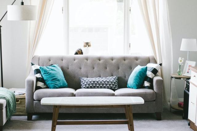 5万円未満の高見えインテリア。上品な美しさ、心地の良いソファ。