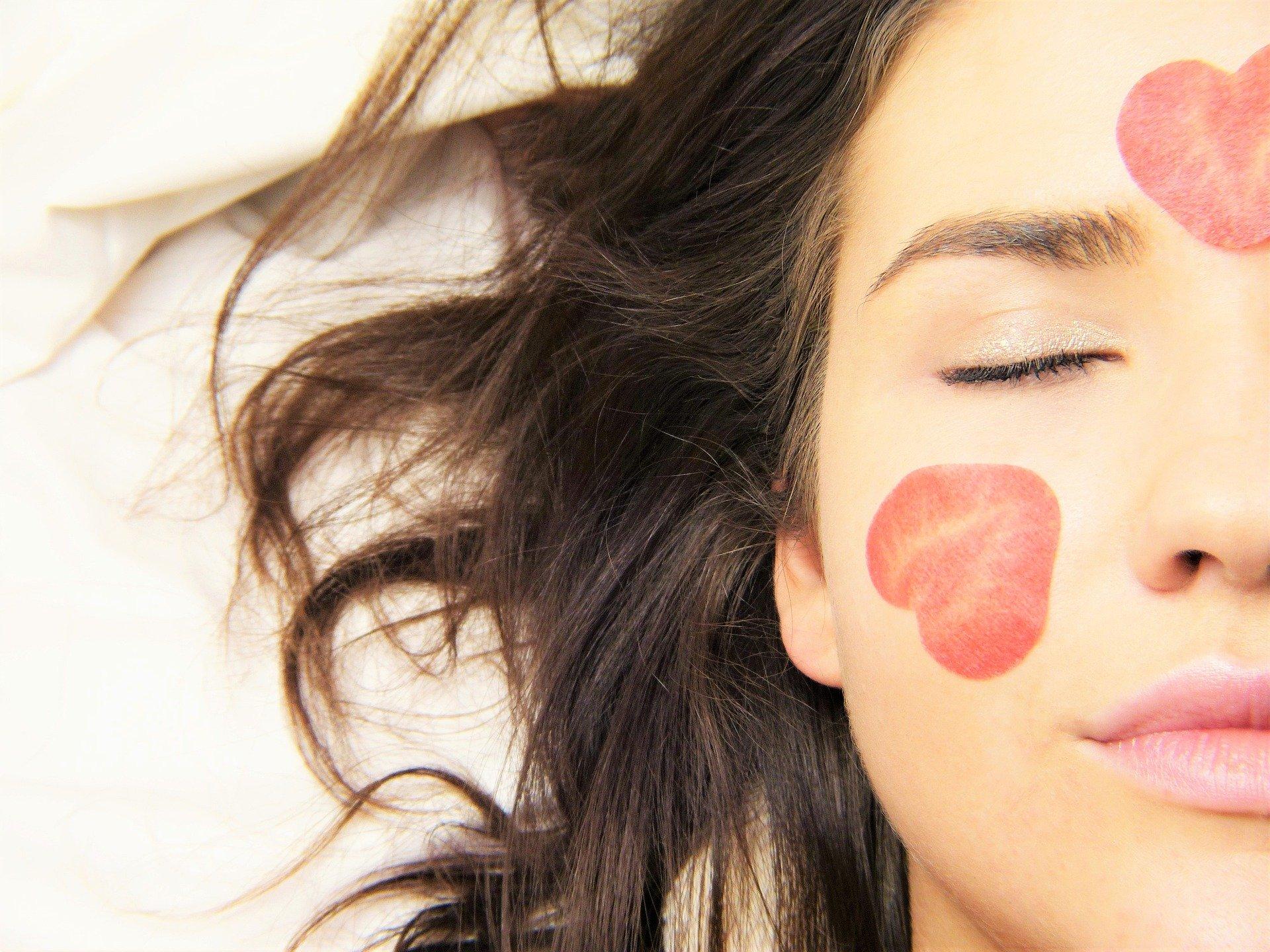 洗顔後の保湿ケア