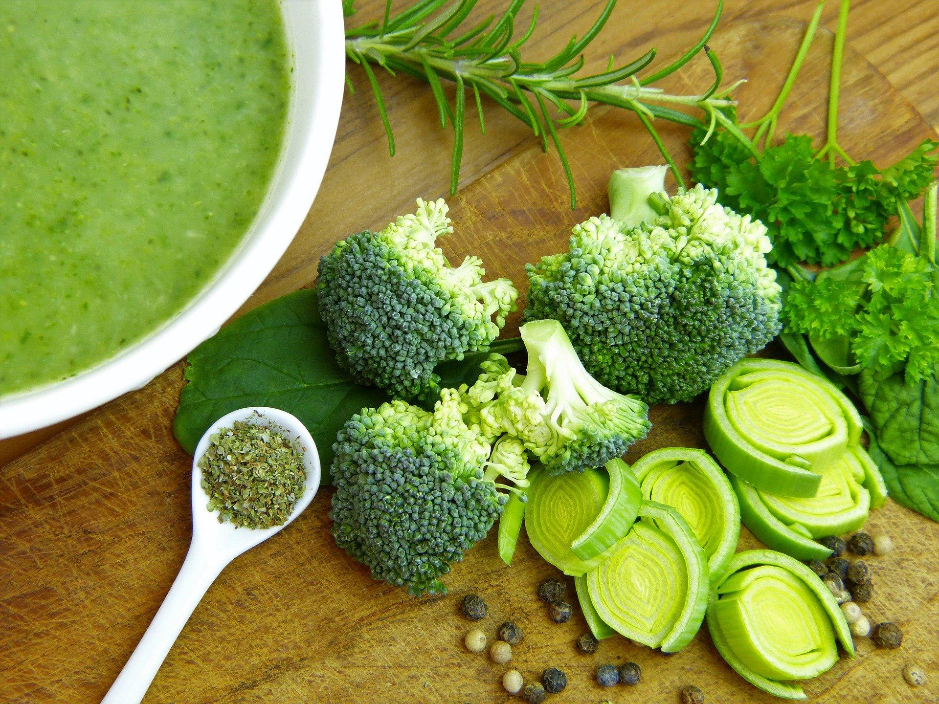 お肌の乾燥対策に重要な栄養素