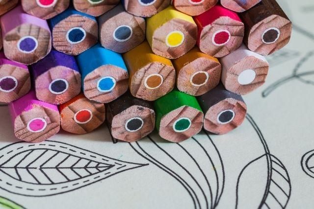 塗り絵,色鉛筆