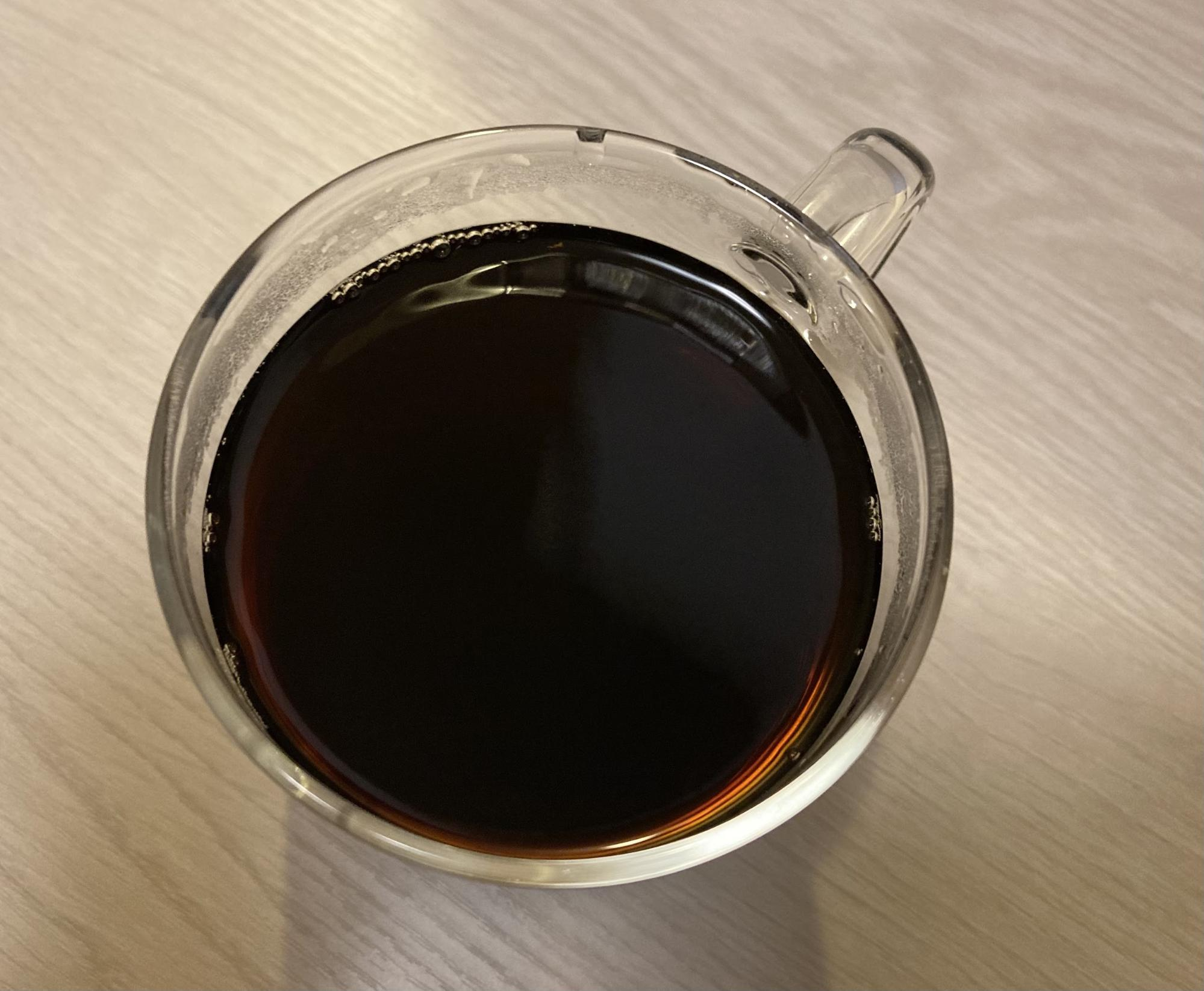 ペーパフィルターで抽出したコーヒー
