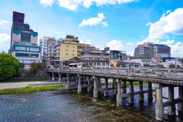 京都・三条周辺の昭和の雰囲気漂うレトロカフェ4選