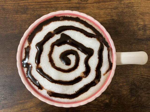 チョコレートソースの渦