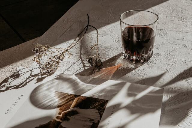 コップの形を変えると飲み物が美味しくなる?おうち時間充実のためのアイデア